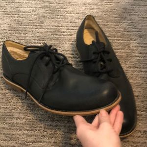 UGG Shoes - UGGs Hixson Oxford Dress shoes. *Like new*